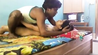Desi hot couples home sex caught on cam