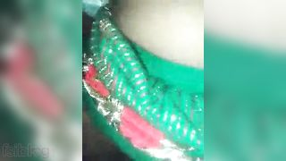 Legal age teenager Village hotty Desi MMS video scandal with lover