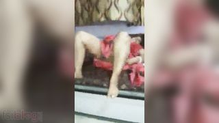 Lustful older Desi wife shows her sexy intimate body parts