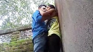 Desi legal age teenager paramours hawt standing quicky sex in outdoors
