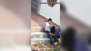 Indian lovers outdoor oral-sex sex MMS movie scene goes viral
