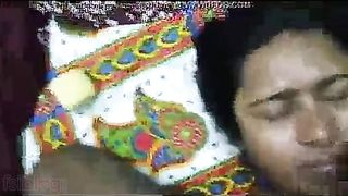 Indian spunk flow sex video of a Bangla pair looks hawt