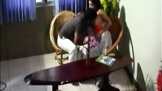 Indian sex videos of a gorgeous reporter fucking her colleague in her house