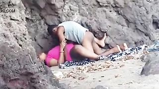 Indian blue film of a juvenile pair enjoying outdoor sex on the beach