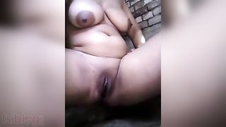 Beautiful house wife seducing her spouse like a lustful juvenile sex cutie
