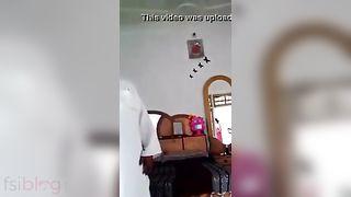 Hindi sex video of a mature boy having pleasure with a juvenile bhabhi