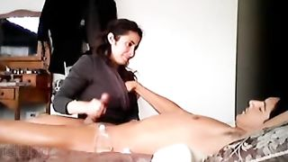 Real sex clip of sexy Indian bhabhi devar trickled