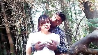 HD Indian porn episode of college legal age teenager cutie Payal outdoors