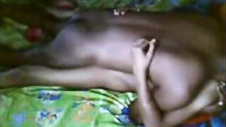 Indian porn Telugu sex episode of desi aunty Sapna with neighbour