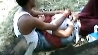Tamil sex clip of desi hotty getting big boobs caressed outdoors