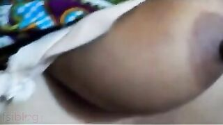XXX Indian aunty sex episode of Richa with youthful college chap