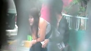 Outdoor sex scandal of Indian college girlfriend caught on cam!