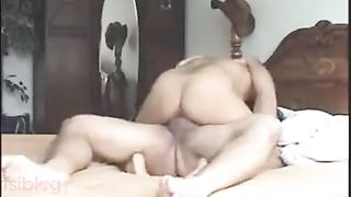 Older office secretary trickled passionate sex mms with boss
