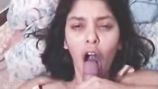 Kolkata Gals Orall-service And Facial Compilation