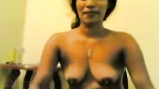 Madrasi Indian Aunty Giving Blowjob To Her Boyfriend