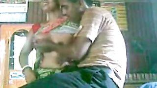 Cheating bhabhi enjoys hardcore sex with neighbor