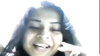 Hot Indian cutie giving irrumation to BOYFRIEND in car