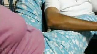 Indian sex mms of desi village bhabhi caught by neighbour