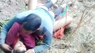 Newly married Bihari couple outdoor sex video