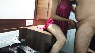 XXX cameraman's Desi wife in nightgown is fucked on her dressing table