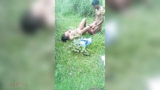 Sexy Desi Amateur Indian Girl Nude Fuck - Outdoor MMS Leaked