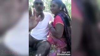 I have shared the to complete outdoor XXX videos of this Bangla lovers